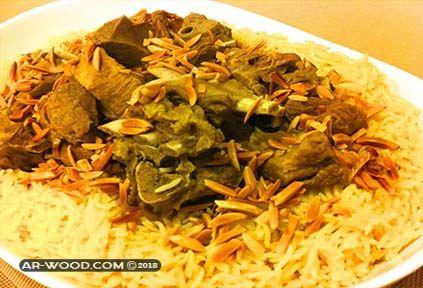 اكل الرز واللحم في المنام للعزباء
