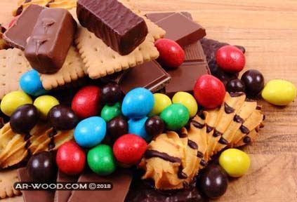 تفسير توزيع الحلوى في المنام للعزباء